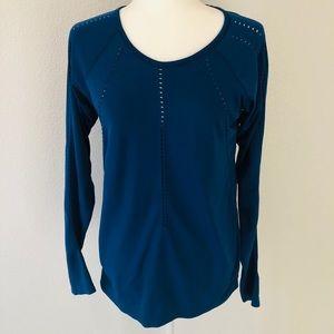 Athleta Ladies Medium Blue Long Sleeve Top